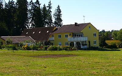 springhof1-400x250